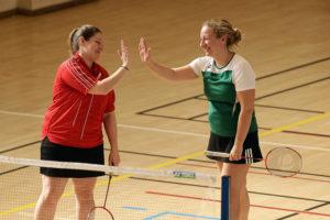 Badminton femme check